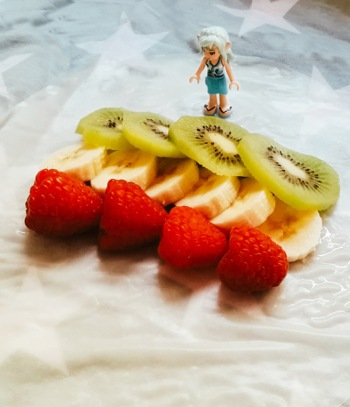sprinrolls_fruit_rolledopen