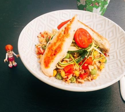 riceandgrains_salat_mitZoodlesPoulet2